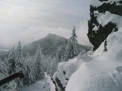 """Blick vom Großen zum Kleinen Osser (Tschechen nennen die beiden Gipfel: """"Prsa Matky Boží""""-Brüste der Mutter Gottes)"""