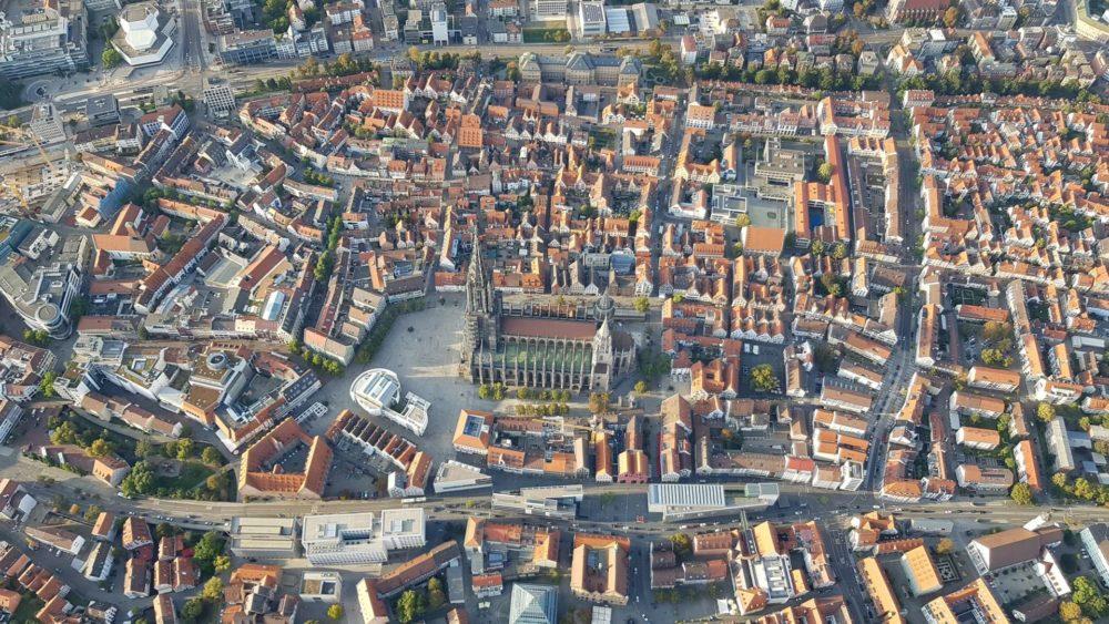 Ulm von oben - Foto stammt von Karin Thomas-Martin von einer Ballonfahrt
