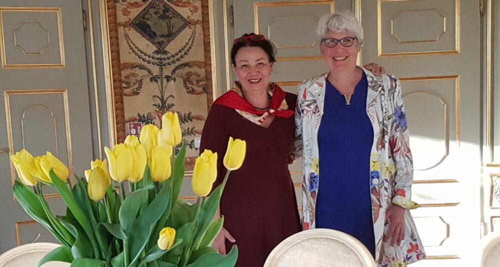 Reisebegleiterinnen in Schloss Stonsdorf