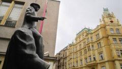 Das Kafkadenkmal in der Josefsstadt gibt zum Nachdenken Raum