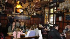 Im Restaurant U Sadu im Stadtteil Weinberge trifft man wenig Touristen