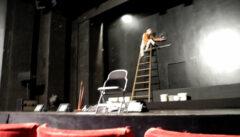 Der Traum des Reiseleiters von der Bühne: manchmal lassen uns die Profis in Probepausen in ihre Theater