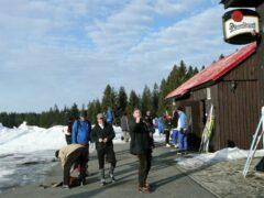 """Vor der Skihütte unseres Quartiers """"Hajenka"""""""