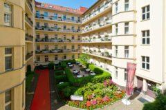 Blick auf den Innenhof unseres Hotels Zarenhof am Prenzlauer Berg