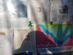 Plakatierung gegen die Ufersperrung des Griebnitzsee