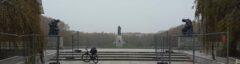 Tempelhofer Feld: 300ha flache Wiese mit Landebahnen zum Radeln
