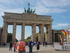 Das Brandenburger Tor (wird gerne auch genützt für narzisstische Demos)