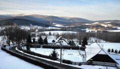 Künisches Panorama von der Terrasse des Hotels Zach