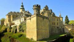 """Wallensteins Frydlant oder Kafkas """"Schloss""""? Entscheiden Sie selbst."""