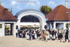 1917: Pompöser Eingang ins Barackenlager