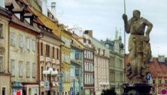 """Die Grenzstadt Eger mit dem Symbol der Stadtfreiheit, dem Ritter """"Wastl"""""""