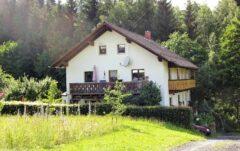 Erwins Elternhaus am Schwarzenbach in Lissen