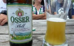 in den vielfältigen Biergärten im Lamer Winkel und im Regental, schöne Pausen machen wir gerne.