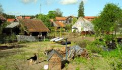Das Dörfchen Krutiny mit seinen alten masurischen Holzhäusern.