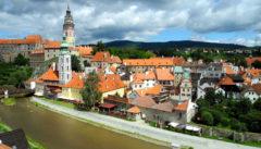 Krumau, Residenzarchitektur an der Moldau