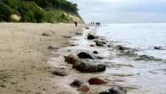 Zwischen Dünen, Wasser und Wolken: Strandwanderung im Woliner Nationalpark.