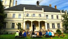 Ein Schlossquartier in Hinterpommern: einfach und sehr sympathisch