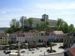 Weitra - Stadtplatz und Schloss