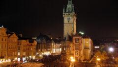 Der Altstädter Ring bei Nacht