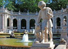 Hans im Glück am Märchenbrunnen im Volkspark Friedenshain